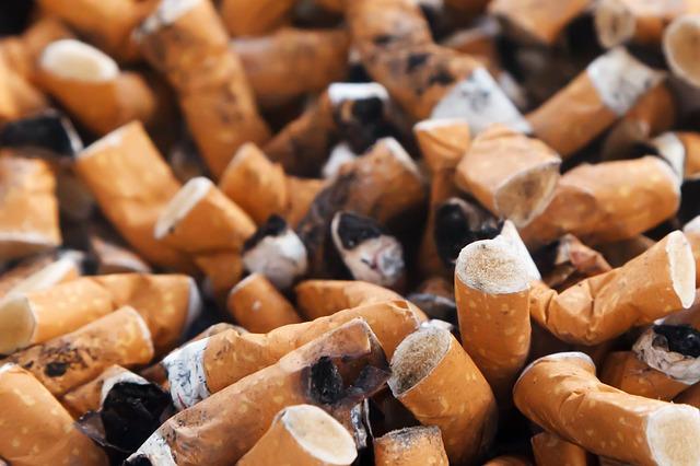 Is nicotine bad for cholesterol?